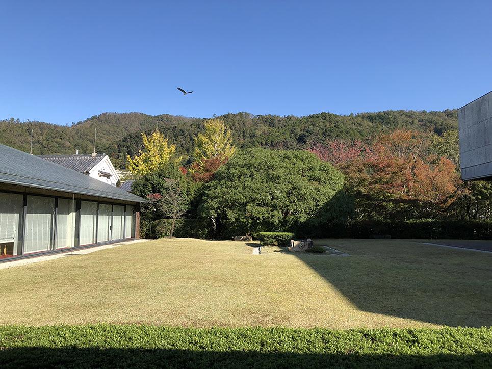 泉屋博古館の中庭